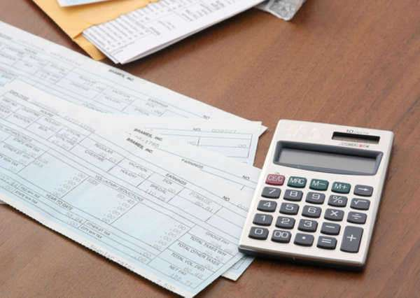 Make Taxes Easy With an Income Tax Calculator